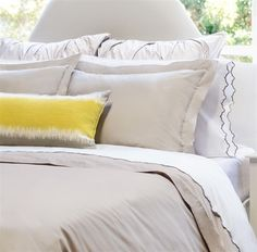 Dove Grey Solid Bedding | The Peninsula Grey Bedding | Crane & Canopy