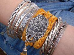 Boho Jewelry Bohemian Chic Leather Wrap Bracelet Gypsy Trends Modern Hippie Fashion by HappyGoLicky Jewelry Custom Silver Jewelry on Etsy Bracelet Love, Silk Wrap Bracelets, Hippie Style, Bohemian Style, Boho Chic, Bohemian Gypsy, Bohemian Decor, Boho Rings, Bohemian Jewelry