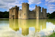 Bodiam Castle, Kent, England, UK  (by jankmarshall) - One of the prettier castles I've been to. Loved the bridge to it with the fish and birds. James was in heaven haha.