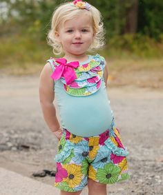 Cute outfits for kids, cute kids, cute shorts, baby girl fashion, bab Cute Outfits With Shorts, Cute Outfits For School, Cute Winter Outfits, Cute Shorts, Kids Outfits, Baby Girl Fashion, Teen Fashion, Teen Boots, Flowy Shorts