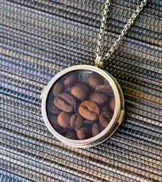 Looking for a great gift for the coffee fan in your life? This Coffee Lover& Locket Necklace is the perfect project for you. This easy-to-make DIY locket takes only two minutes to make. Coffee lovers will want to make this homemade locket today. Coffee Is Life, I Love Coffee, Coffee Art, My Coffee, Coffee Drinks, Coffee Beans, Coffee Shop, Starbucks Coffee, Coffee Zone