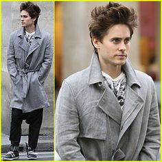 Jared Leto Popped Collar, Jared Leto, Raincoat, Jackets, Fashion, Rain Jacket, Down Jackets, Moda, Fashion Styles