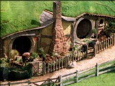 Hobbit hole of the Shire photo unusedscene40shire2sm-1.jpg