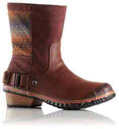All eyes are on you in these boots. Who would think that a plethora of diverse textures and colors would work so well together, and feel so good on? Buttery soft waterproof leather, oiled suede, rustic woven blanket upper with leather-wrapped heel catch the eye, while comfy molded footbed and vulcanized rubber outsole deliver weather protection, western style.