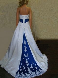 For a bride-to-be and a woman who are looking for a royal blue wedding dress, one of these beautiful royal blue wedding dresses can be what you are looking for. Look at the dress above. Blue Wedding Gowns, Blue White Weddings, Wedding Dress Train, Colored Wedding Dresses, White Wedding Dresses, Bridal Gowns, Bridesmaid Dresses, Wedding Colors, Gown Wedding