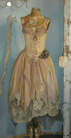 Vintage Shabby Dress Form
