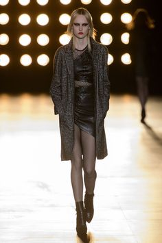 Saint Laurent at Paris Fashion Week Fall 2015 | Stylebistro.com