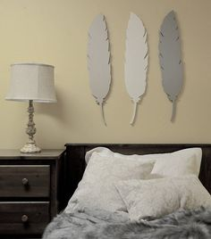 WOODLAND FEATHER SET *currently only available in SETS*  Colour: GREY, BEIGE, WHITE  Size: 33  Material: 1/2 fiberboard  Each piece is handmade in Muskoka, Canada by Muskoka Folk >> Inspired by Nature, Painted by Hand<<  Hanging hardware: Comes with hole for easy hanging in either direction.