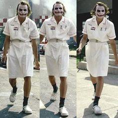 Im going to be the joker for halloween. But I want to do the nurse outfit from this scene. Joker Nurse Costume, Joker Outfit, Joker Halloween Costume, Halloween Inspo, Halloween Makeup, Female Joker Costume, Halloween Costumes Women Scary, Maquillage Jocker, Joker Heath