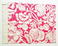 Bennison Fabrics Great Floral Reverse bright pink on oyster linen 54cm x 66cm