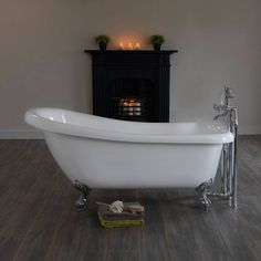 victoria plumb slipper bath £280
