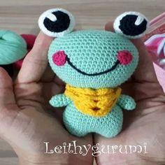 PATRONES AMIGURUMI: RANA AMIGURUMI 27334 Crochet Frog, Cute Crochet, Irish Crochet, Amigurumi Doll, Amigurumi Patterns, Knitting Patterns, Crochet Patterns, Crochet Stars, Single Crochet Stitch