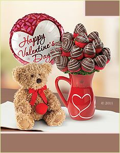 someone should tell my boyfriend to get me chocolate coved strawberries for Valentine's day <3
