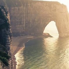 The Best Vacation Destinations In France – Travel In France Etretat Normandie, Etretat France, Best Vacation Destinations, Best Vacations, Places To Travel, Places To See, Life Is Beautiful, Beautiful Places, Saint Michel