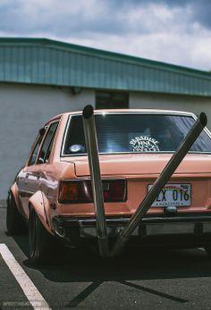 blackumi:  lanc3r:  KE70 Corolla.   Freshh