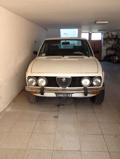 Alfa Romeo Cars, Cars And Motorcycles, Classic Cars, Vintage Cars, Vintage Classic Cars, Classic Trucks