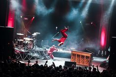 Can't wait to see the legendary back flip off the legendary piano by the legendary josh dun