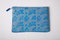 $250 velvet goasberg. handcrafted iPad bag with metal zip made in natural felt Gadgets, Ipad Bag, Felt, Zip, My Love, Natural, Metal, How To Make, Bags