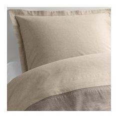 IKEA - MALOU, Dynebetræk og 1 pudebetræk, 140x200/60x70 cm, , Gennemfarvet. Tråden farves, før den væves. Giver blødt sengetøj.Sengetøjet af tætvævet, fin tråd er ekstra holdbart og blødt.Du kan nemt skifte stil i soveværelset, for dynebetrækket har forskellige farver på de 2 sider.Skjulte trykknapper holder dynen på plads.