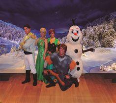 """.: Em Cena Para Todos apresenta """"O Natal das Princesas do Gelo"""" http://www.resenhando.com/2015/12/em-cena-para-todos-apresenta-o-natal.html"""