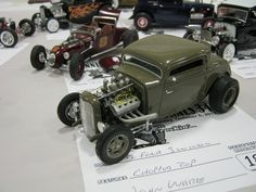'32 Ford Green Rod.