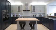 Roundhouse Classic kitchen in two blues