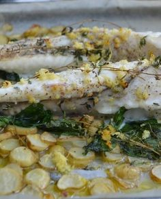 Roast monkfish with garlic and new potatoes monkfish recipes Cooking Tuna Steaks, Cooking Beef Tenderloin, Cooking Tofu, Cooking Salmon, Cooking Recipes, Monkfish Recipes, Sausages In The Oven, Cooking Fresh Green Beans, How To Cook Fish