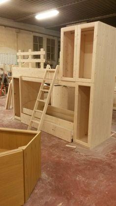 Camera in vero legno