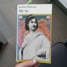 Ma vie d'Isadora Duncan (source FB) (photo: Flo Flo) #VendrediLecture