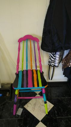 Cute Furniture, Funky Painted Furniture, Painted Chairs, Upcycled Furniture, Furniture Ideas, Funky Chairs, Colorful Chairs, Chair Painting, Childrens Rocking Chairs
