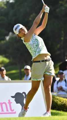 Michelle Wie, Lpga, Ladies Golf, Going Out, Cool Pictures, Hot Girls, Running, Cute, Sports