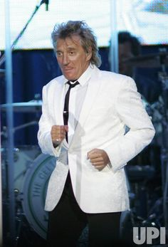 rod+stewart+recent+photos | Rod Stewart performs in concert at the Seminole Hard Rock Hotel and ...