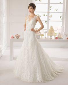 AMAZONA - Beaded lace dress in a natural colour. #wedding-dresses, #AIREBARCELONA2015, #свадебные-платья-2015
