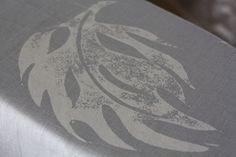 Finlow Leaf in Rock Grey Linen