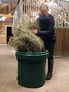 HayLo Horse Feeder- Hay & Haylage Slow Feeding Eliminates Waste and Prevents Boredom: Amazon.co.uk: Pet Supplies