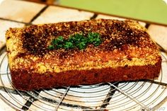 Hartige cake met tonijn