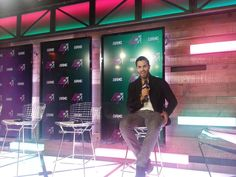 Teen Wolf's Tyler Hoechlin backstage in the #MMVAs press room ---- Picture from Twitter / theGATE