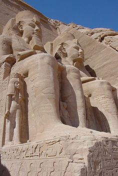 The Temple of Ramesses II, Abu Simbel, Egypt (by Jungle_Boy).