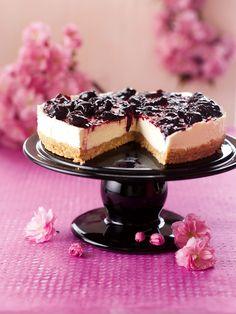 Cherry Cheesecake No Bake Cherry Cheesecake, Chocolate Cheesecake, Cheesecake Recipes, Dessert Recipes, Nigella Lawson No Bake Cheesecake, Nigella Lawson Cupcakes, Cherry Cheescake, Baileys Cheesecake, Nutella Recipes