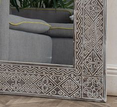 Papua Large is a large full length mirror, luxurious and very special mirror. People pay attention to it and choose it so often that we believe this is our workshop's business card. Large floor mirror Papua Large is an updated version of the medium-size Papua model. Unlike its smaller counterpart, it features a wider pattern and an ornamented snake along the inner contour. Also, making this frame requires much more wood. Solid pine, ageing and our signature carved pattern with white grout. The v Large Full Length Mirrors, Rustic Full Length Mirror, Moroccan Mirror, Rustic Mirrors, Diy Mirror, Classic Interior, Indian Home Decor, Floor Mirror, Loft Style