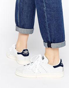 best loved f1125 87b00 Shop adidas Originals Crackled Leather Stan Smith Blue Trainers at ASOS.