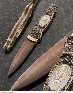 The world's top knives were recognized during the Atlanta Blade Show, June 6 -8, 2014  in Atlanta. Master Smith Shane Taylor of Montana was honored with a Custom Knife Judging Award for Best Damascus Knife.