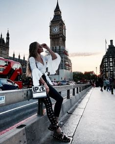 How to be happy Londres Big ben City Of London, Big Ben London, London Style, New Travel, London Travel, Travel Style, Travel Fashion, Girl Travel, Travel Outfits