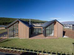 Sleek, Slick and Stylish Modern Barn House, Modern House Design, Courtyard House, Facade House, Rural House, Weekend House, Modern Farmhouse Exterior, Shed Homes, Dream House Exterior
