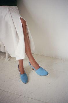 Brown legs, blue shoes. Maryam Nassir Zadeh, 2013.