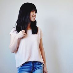 Sew a boxy crop top for yourself with some flowy fabric and not too much of your time. Great for summer!