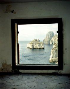 Ocean Portal, Isle of Capri, Italy photo via meghan