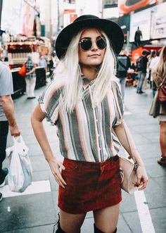 Awesome street fashion ☀️ Stylish outfit ideas for women who follow fashion.