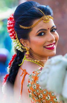 "Photo from Makeup by Nehad Imran ""Portfolio"" album Carnival Photography, Indian Wedding Photography Poses, Nature Photography, Bun Hairstyles, Wedding Hairstyles, Red Lip Makeup, Indian Bridal Fashion, Digital Art Girl, Bride Makeup"