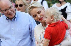 ¡Día de picnic! Charlene de Mónaco se derrite con su hijo, el príncipe Jacques